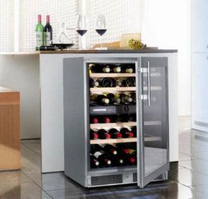perché è utile la Cantinetta frigo per vino